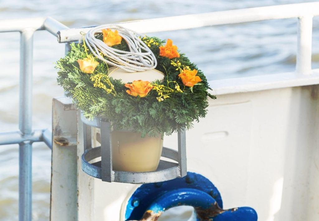 urn_at_sea